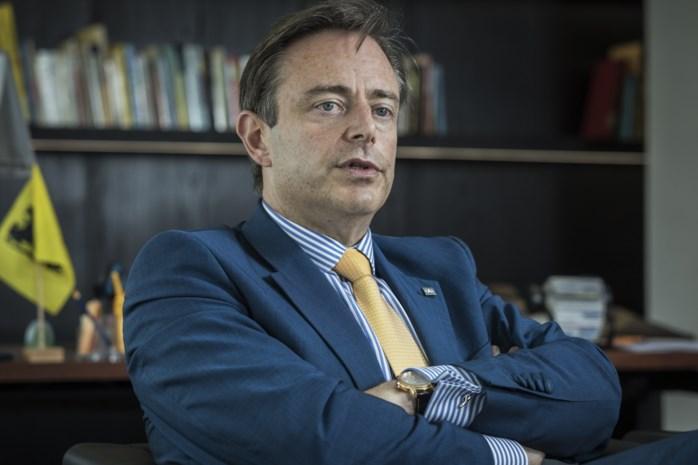 """Open brief aan De Wever wordt druk gedeeld: """"Wees een burgervader voor iedereen"""""""
