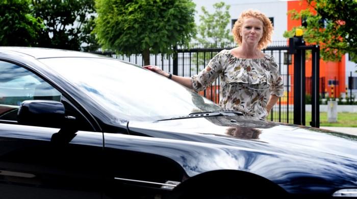 Personeel van parkeerbedrijf in Charleroi maakt joyride met dure BMW
