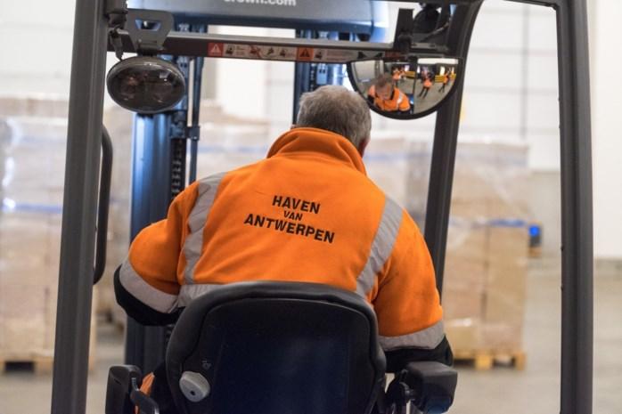 Antwerpse haven op zoek naar duizend nieuwe dokwerkers