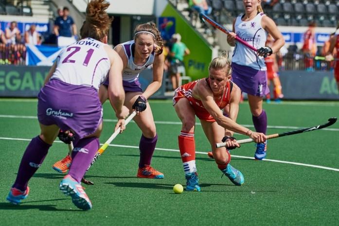Engelse vrouwen veroveren plek in halve finales EK hockey