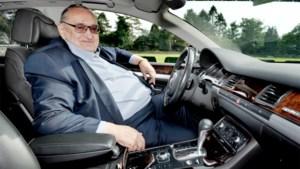 """Onze reporter volgt training van Lokeren in Audi van Roger Lambrecht: """"Als ik weet wie er speelt, is 't voor mij goed"""""""