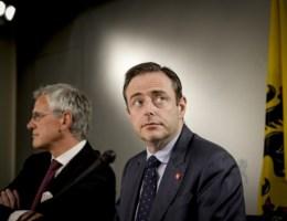 """De Wever: """"Wij veranderen helemaal niet van strategie"""""""