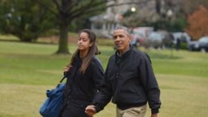 """Obama: """"Het voelde als een openhartoperatie toen ik mijn dochter afzette aan de unief"""""""