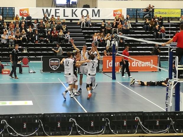 Roeselare en Menen blijven samen aan de leiding in EuroMillions Volley League na vlotte zeges