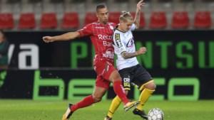 Een speeldag schorsing met uitstel voor Lokeren-speler Ari Skulason