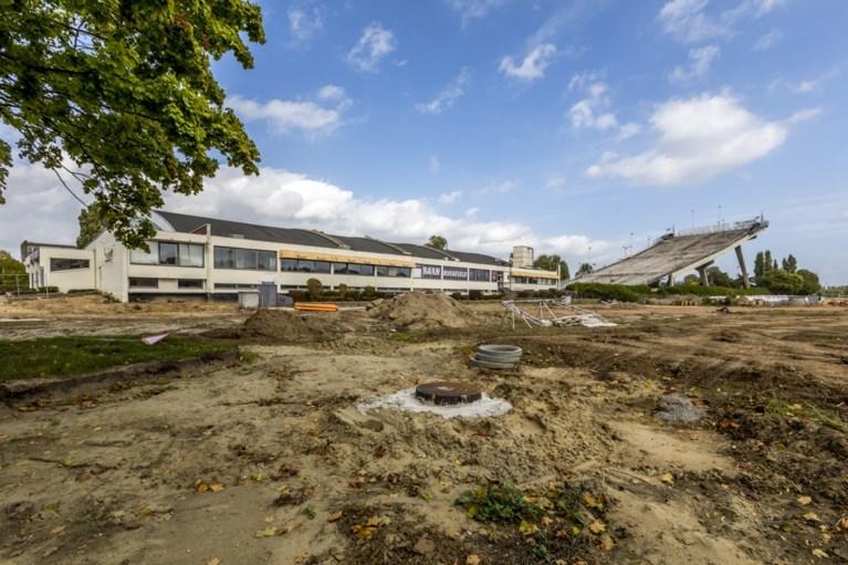 Nieuw zwembad in Deurne krijgt spectaculaire 'loop' en buitenbad