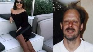 """Vriendin van schutter Las Vegas: """"Hij lag kreunend en schreeuwend in bed"""""""