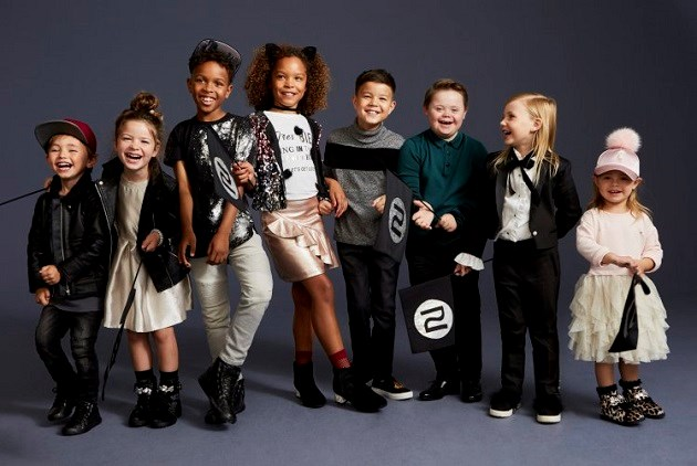 11-jarig jongetje met Down is de ster van nieuwste campagne van bekend modelabel