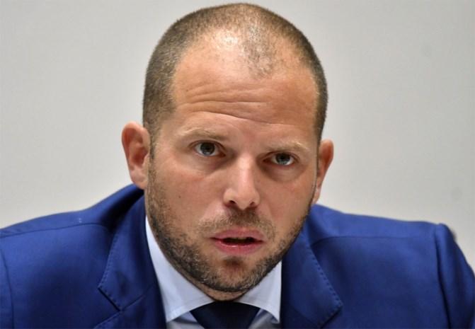 """Francken: """"Sluit niet uit dat Puigdemont asiel aanvraagt in België"""""""