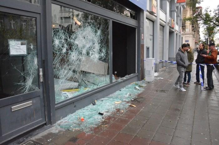 Als Brussel zijn naam van hellhole hoog wil houden, moeten dit soort inwoners van de stad, het stadsbestuur en de politie vooral zo verder doen