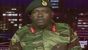 """Tanks blokkeren parlement van Zimbabwe, president en familie in hechtenis: """"Maar geen staatsgreep"""""""
