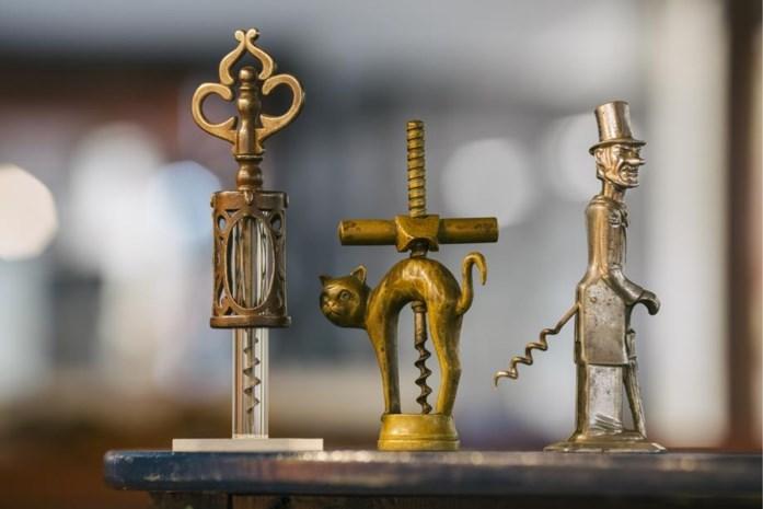 Op zoek in de stad naar een kurkentrekker: van statussymbool naar collector's item