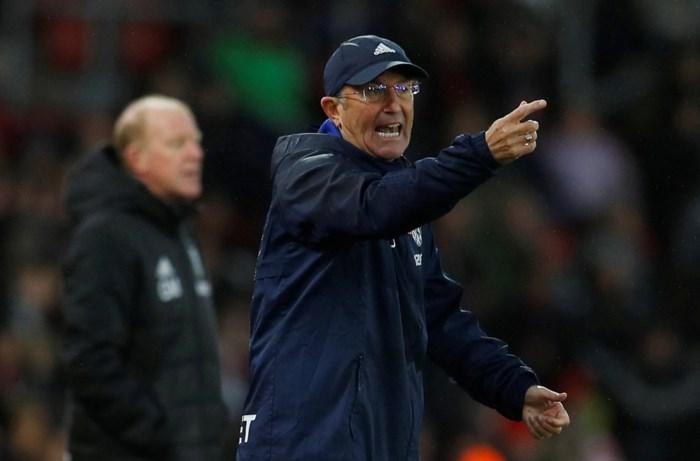 Goed nieuws voor Chadli? West Bromwich Albion zet coach Tony Pulis aan de deur