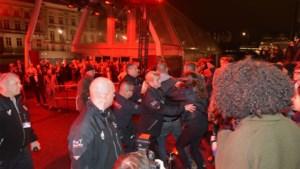 Geen straf voor politieagent die 'lukraak geweld' gebruikte tegen betoger