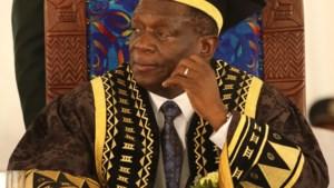 Onrust Zimbabwe: kersvers president Mnangagwa vervangt twee ministers uit zijn nieuwe regering