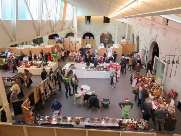 Cadeau- en kerstmarkt steunt goede doelen
