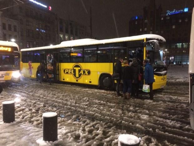 Antwerpse hotels vol gestrande pendelaars na sneeuwellende