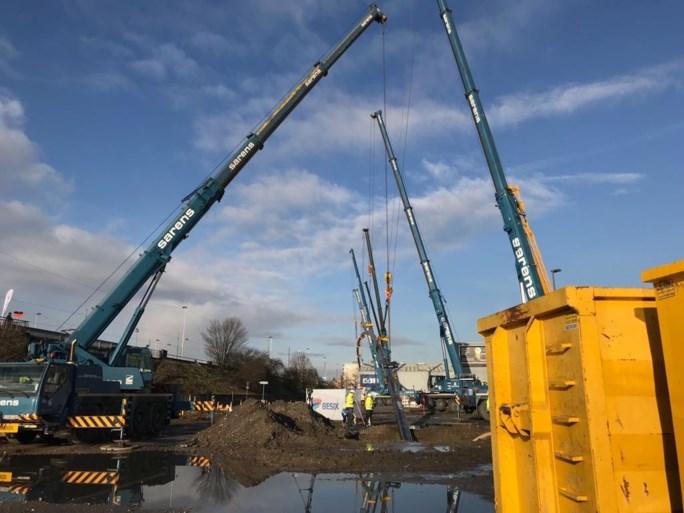 Grote operatie aan Albertkanaal in Merksem voor aanleg van nieuwe gasleiding