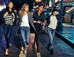 Zo draag je je jeans feestdagen-proof