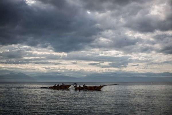 Negentien doden bij aanvaring tussen twee boten in Tanzania