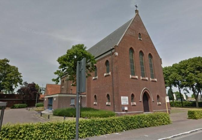 Koperen afvoerbuizen van twee kerken gestolen