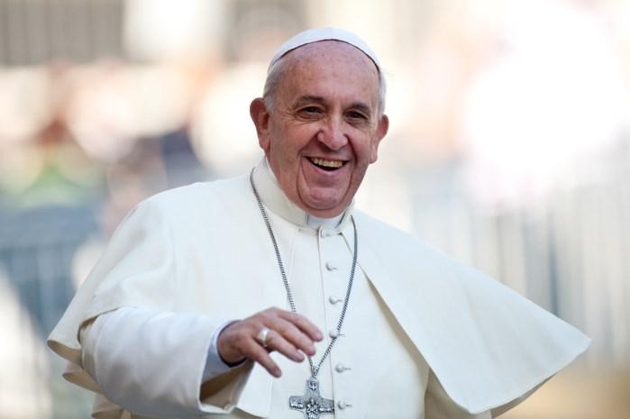 Dierenliefhebbers kunnen niet lachen met humanitair gebaar paus