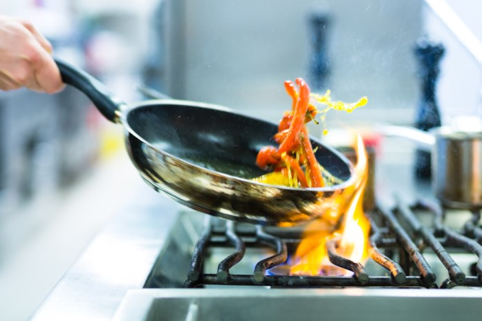 Zoveel alcohol blijft er na het koken in je gerechten zitten