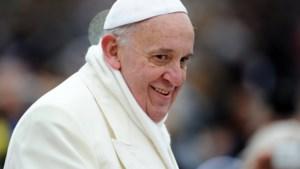 Paus Franciscus vraagt vergiffenis voor kindermisbruik door Katholieke Kerk