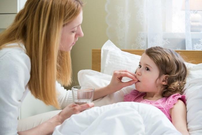 """Wetenschappers trekken aan de alarmbel: """"Kinderen krijgen nog te vaak medicijnen die alleen op volwassenen getest zijn"""""""