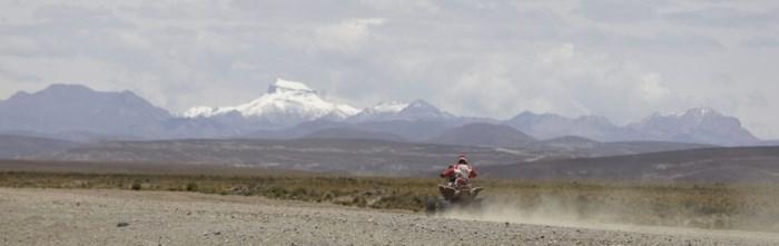 Dertiende Dakar-rit bij motors en quads ingekort door noodweer