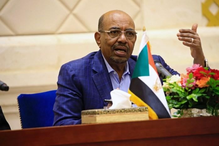 Broer Soedanese president verdient geld op rug van Syrische vluchtelingen