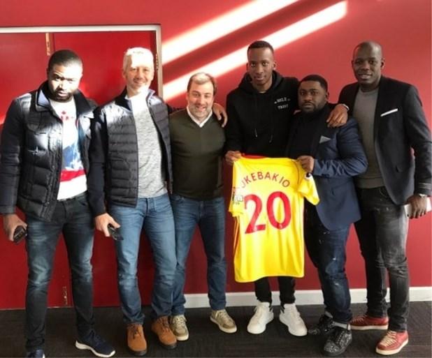 Deze zestien Belgen vonden in het buitenland een nieuwe voetbalclub