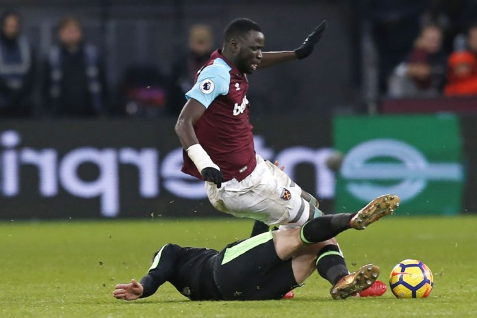 """Transferdirecteur West Ham geschorst na verklaring dat """"Afrikaanse spelers voor onrust zorgen"""""""