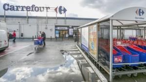 Zelfscankassa's kosten extra jobs in hypermarkten, Antwerpse regio harder getroffen dan verwacht