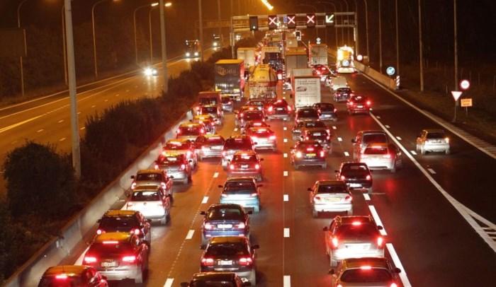 E313 richting Antwerpen versperd na ongeval in Grobbendonk