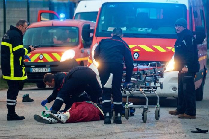Vijf migranten kritiek na gewelddadige confrontaties in Calais