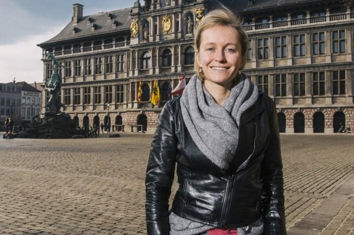 """Annick De Ridder: """"Wie denkt dat de strijd om het stadhuis al beslecht is, vergist zich"""""""