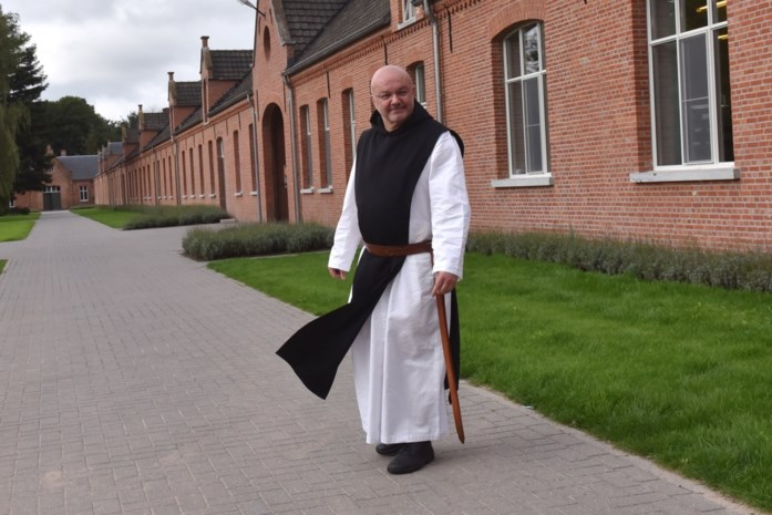 Opmerkelijke advertentie: abdij zoekt single mannen