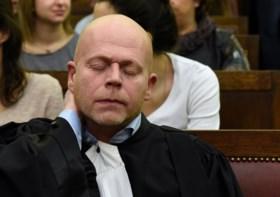 """""""Minister Jambon mag rechter niet onder druk zetten"""""""
