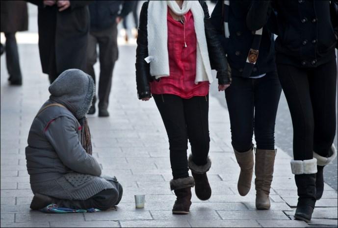 Ook Brussels burgemeester zet politie in om daklozen te verplichten tot onderdak