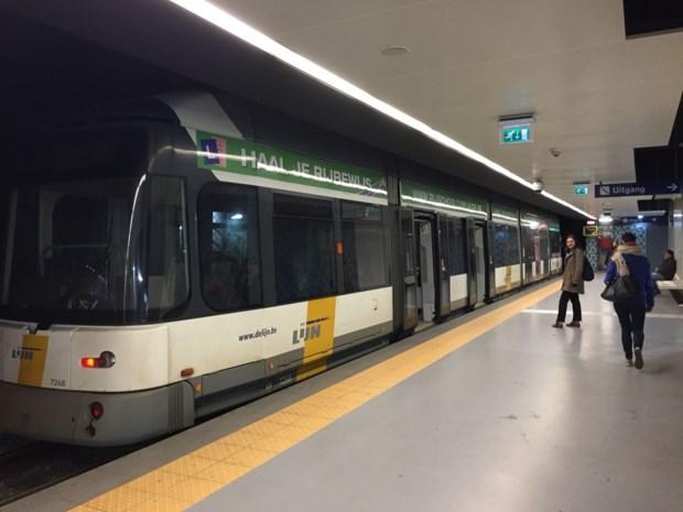 Ondergronds tramverkeer verstoord door stroompanne