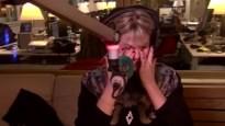"""Tanja Dexters kan haar tranen niet bedwingen tijdens interview: """"Het is allemaal moeilijk geweest"""""""