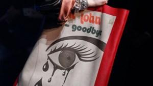 Gucci haalt Elton John vanonder het stof