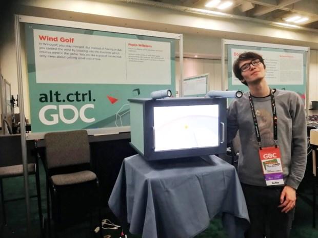 Mortselse Pepijn (22) met zijn spelletje 'Windgolf' tussen wereldtop op gamebeurs in San Francisco