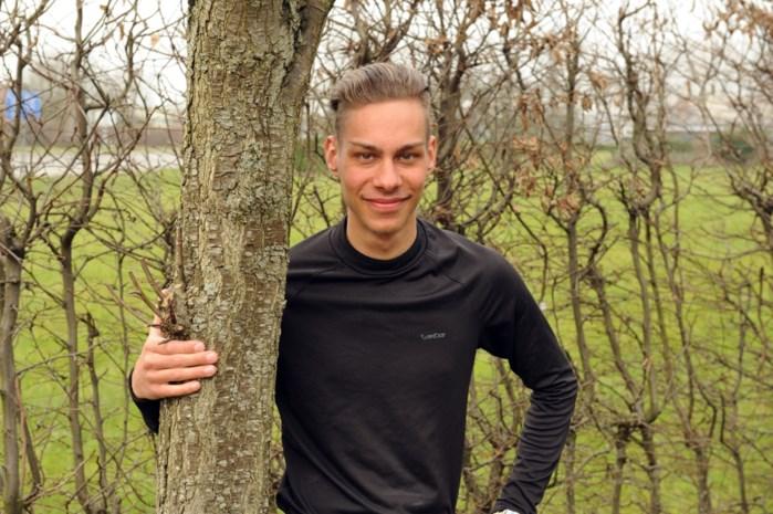 """Edouard (21) liep op zijn 18de weg: """"Ik ben gaan rondrijden, vier dagen lang"""""""