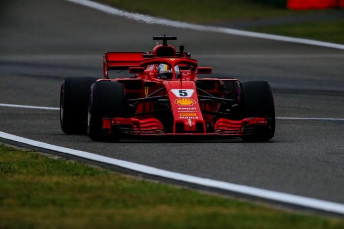 Ferrari bovenaan laatste oefensessie in China, Ricciardo blaast spectaculair zijn motor op