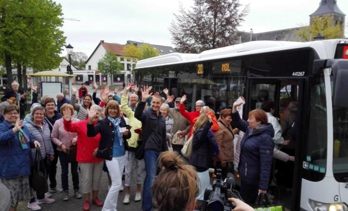 """""""Kans op slagen is klein, maar we blijven strijden voor een vaste busdienst"""""""