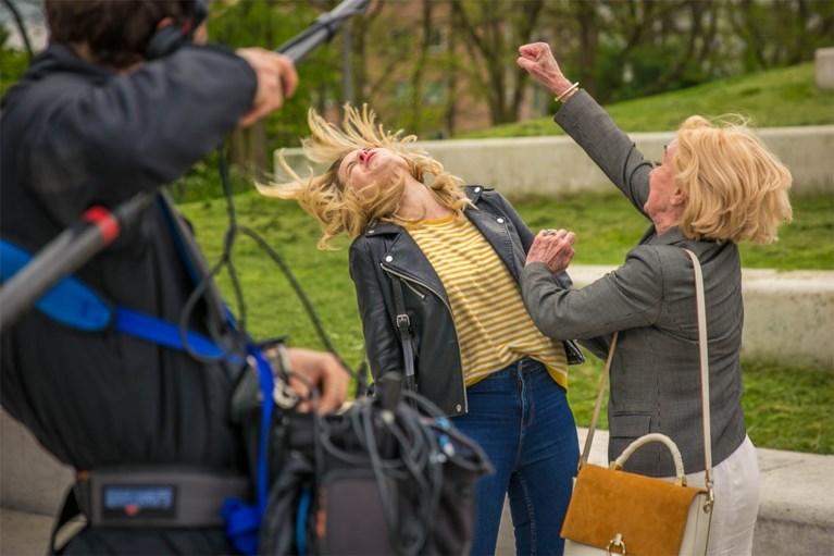 Leah Thys doet vechtpartij 'Thuis' over met Dina Tersago