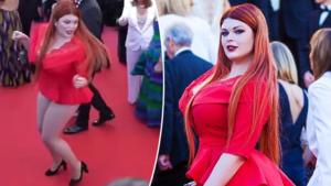 En plots stond dit model in haar onderbroek op de rode loper in Cannes