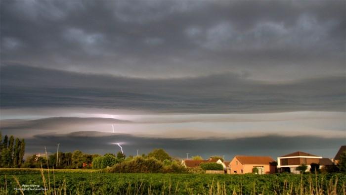 Opnieuw hevige regenbuien in aantocht: meerdere dagen kans op code oranje